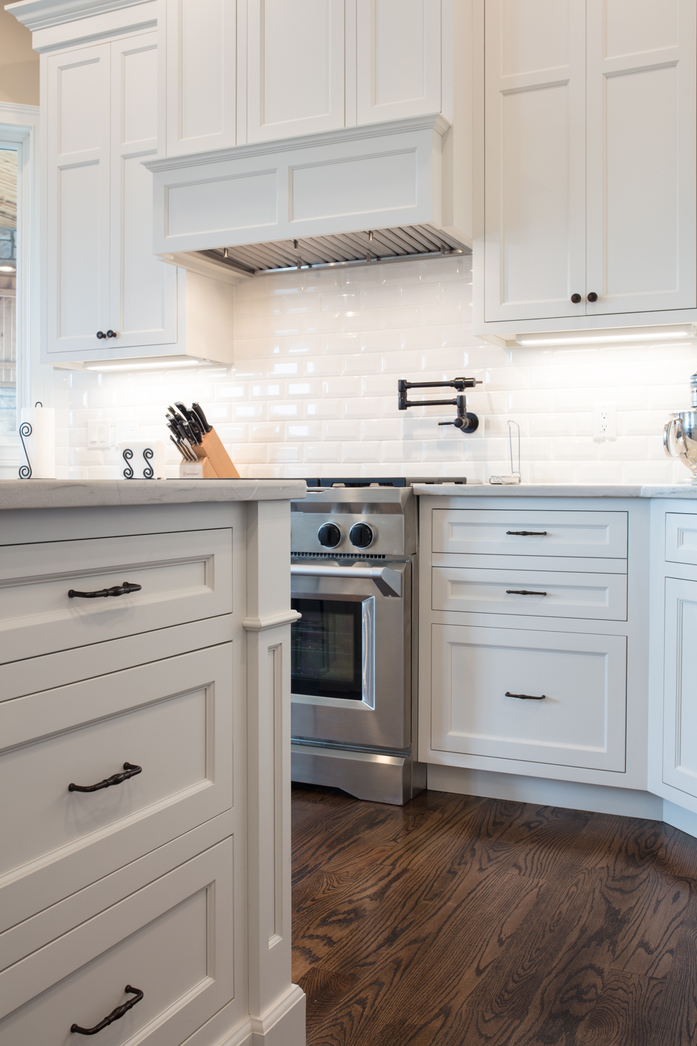 Decorator White Inset Cabinets Neyer Western Custom Cabinetry